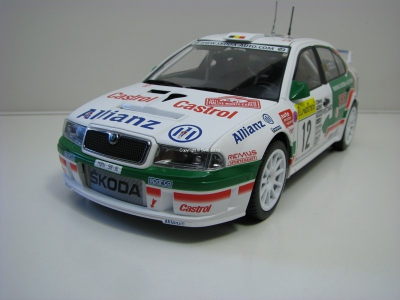 Škoda Octavia WRC Evo2 No.12 Thiry Rally Monte Carlo 2001 1:18 FOX18